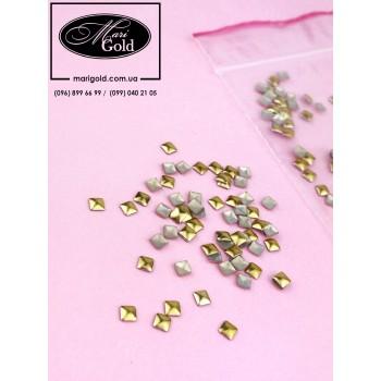 Клепки металлические квадратные, золото  3*3 мм